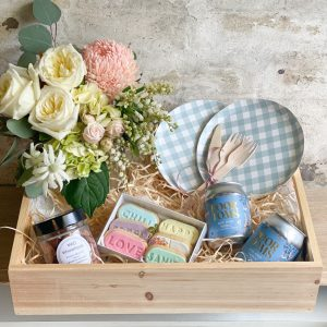 Rosy Posy Picnic Pack